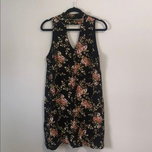 Black floral dress, perfect for summer!